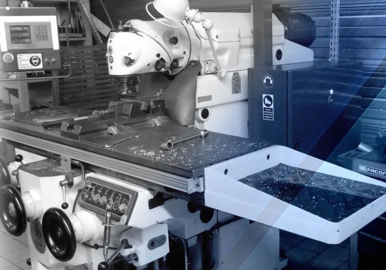 Fraiseuse conventionnelle LF MECA du parc machine mécanique de précision