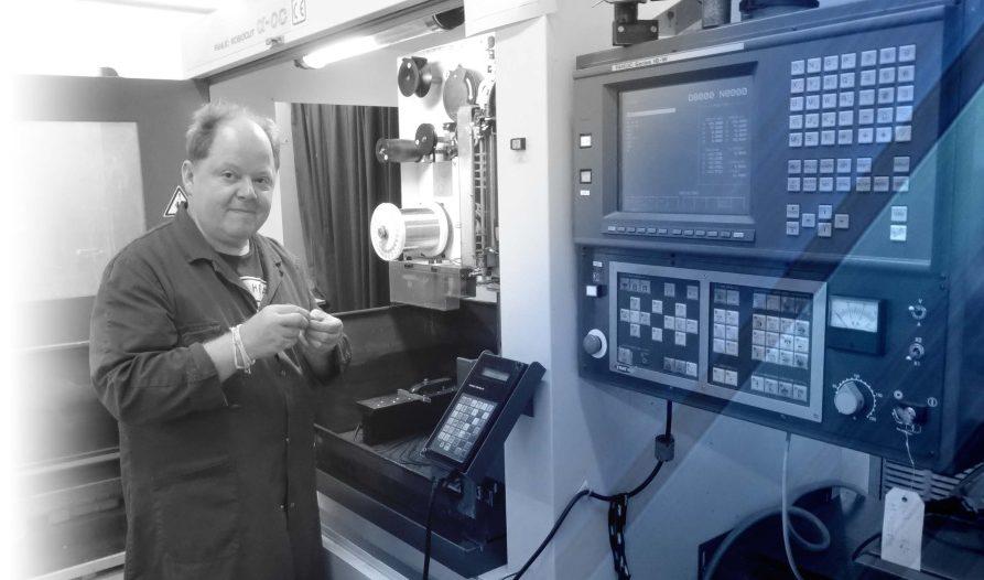 Machine électro érosion fil fanuc robocut de LF MEC