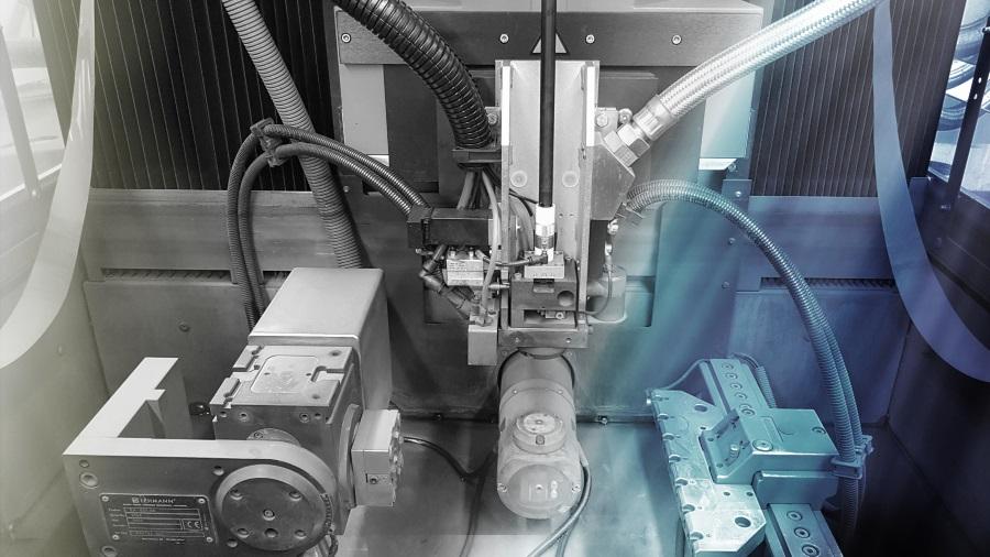 détail machine electro erosion Charmilles LF Méca